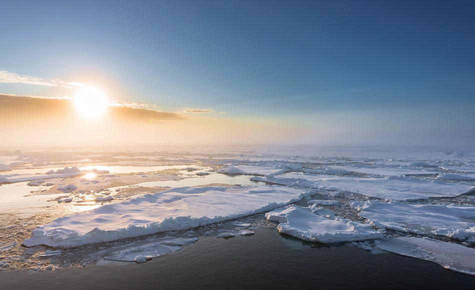 Treib- und Packeis spielen eine wichtige Rolle im Salzhaushalt des Arktischen Ozeans durch das Auftauen und Wiedereinfrieren von Meerwasser. Bild: Stefan Hendricks, AWI