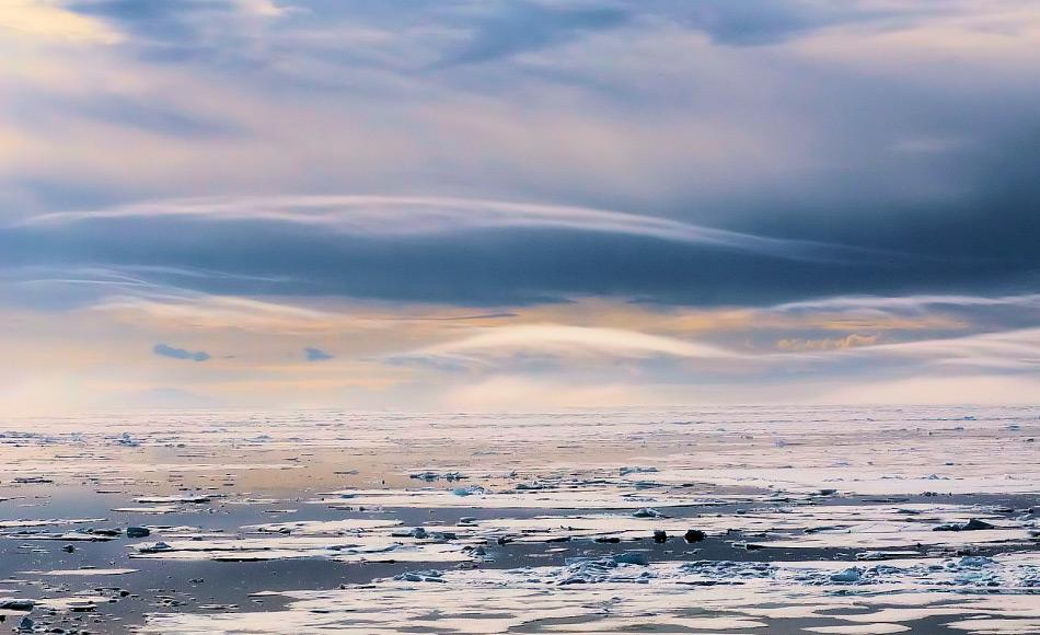 Die Arktis ist eine riesige und nicht ungefährliche Region für Schiffe, die keine Eisklasse aufweisen. Die AECO definiert Standards und arbeitet Regierungen und Behörden der Anrainerstaaten zusammen, um die Sicherheit für Mensch und Natur zu verbessern. Bild: Michael Wenger