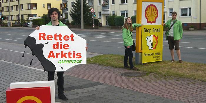 Weltweit protestierte Greenpeace gegen das Vorhaben von Shell in der Arktis nach Erdöl zu bohren.